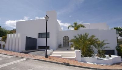 modern villa for sale - distressed property spain image