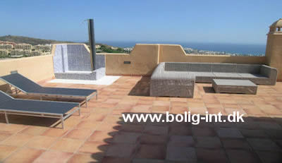 penthouse for sale costa del sol - distressed property spain image