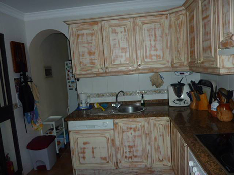 kitchen image Independent villa in Cabopino For sale