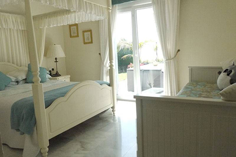 bedroom 2 pic spacious villa in cabopino