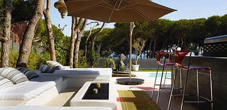seating image detached beachside villa in Cabopino