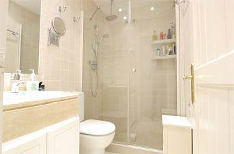 bathroom pic spectacular apartment for sale in cabopino port