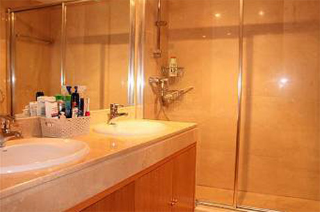 Spacious 4 bed 4 bath luxury ground floor apartment | Granados de cabopino bathroom