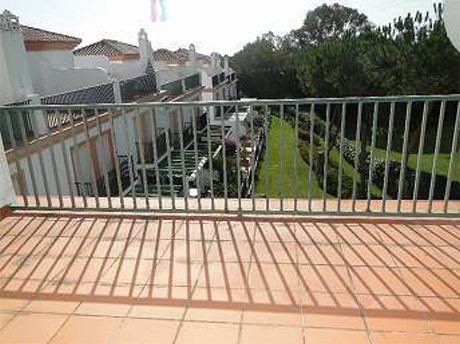image of balcony house in cabopino for sale