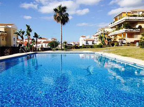 Ground floor apartment for sale las mimosas del golf cabopino mian swimming pool