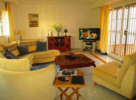 Lomas de cabopino | 3 bed corner townhouse for sale interior