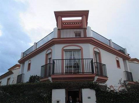Lomas de cabopino | 3 bed corner townhouse for sale main pic