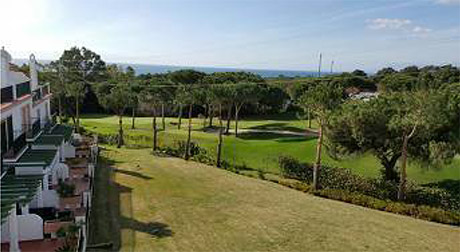Lomas de cabopino | Beautiful townhouse with sea views for sale views to sea