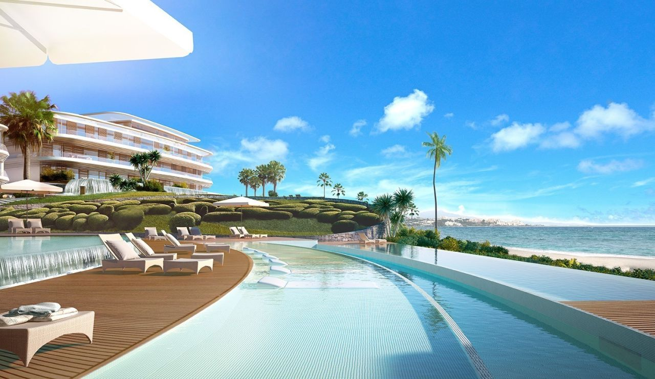 swimming pool Amazing residential development Estepona with exceptional sea views - Costa del Sol New Developments