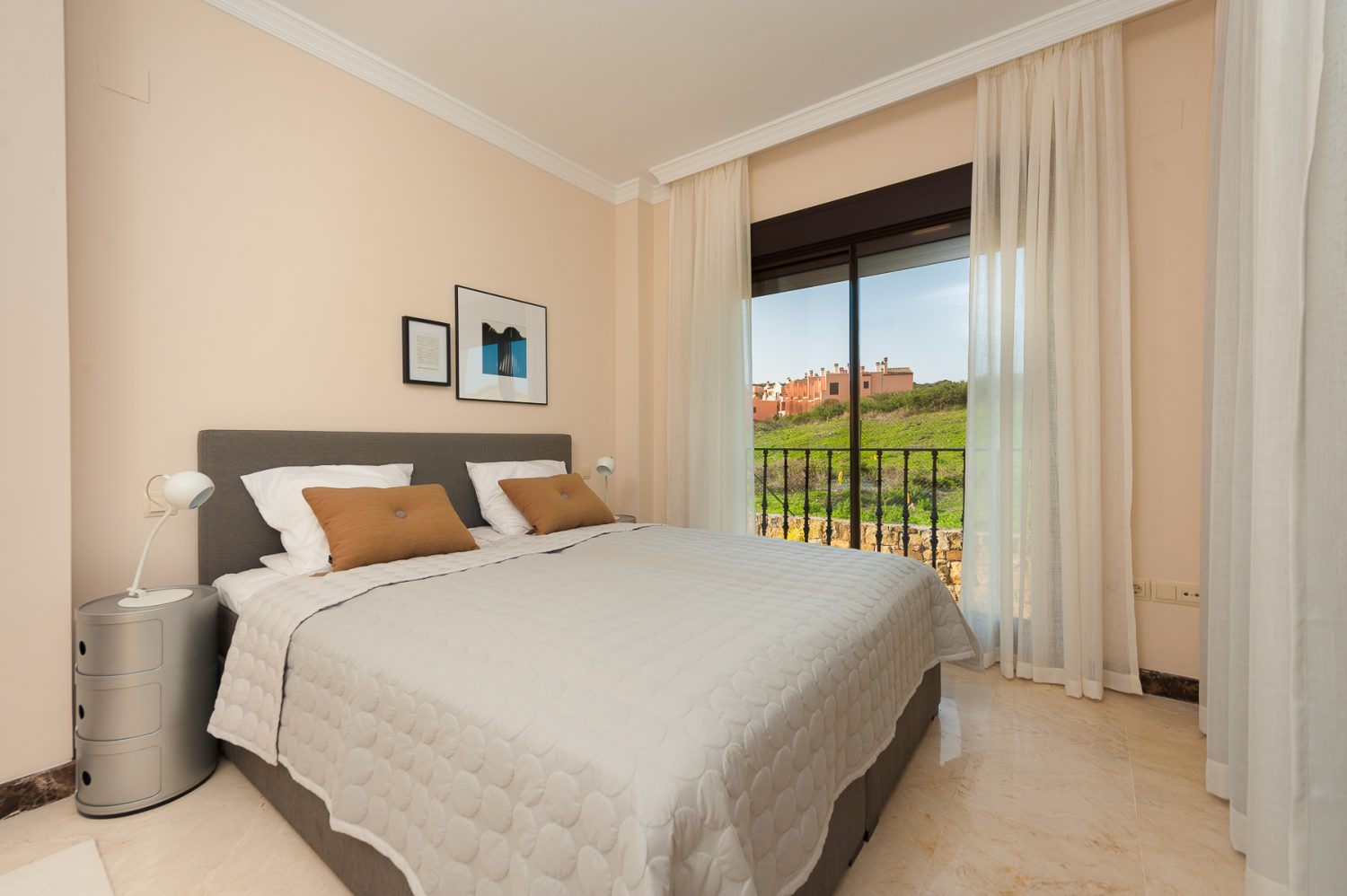 bedroom image  new golf villas near Marbella