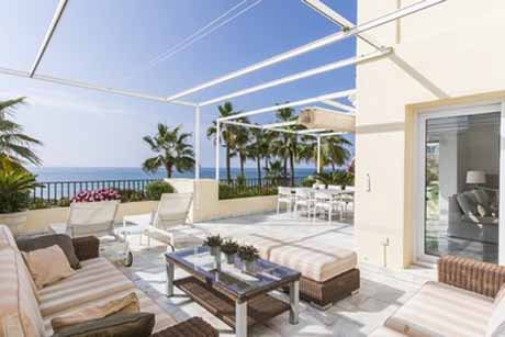 aprtment in white pearl beach for sale